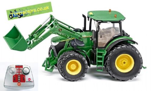 Remote Controlled John Deere 7280R With Loader